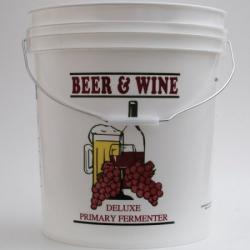 7.9 Gallon Fermenting Bucket
